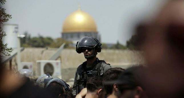 الاحتلال يستدعي ائمة وخطباء مساجد القدس