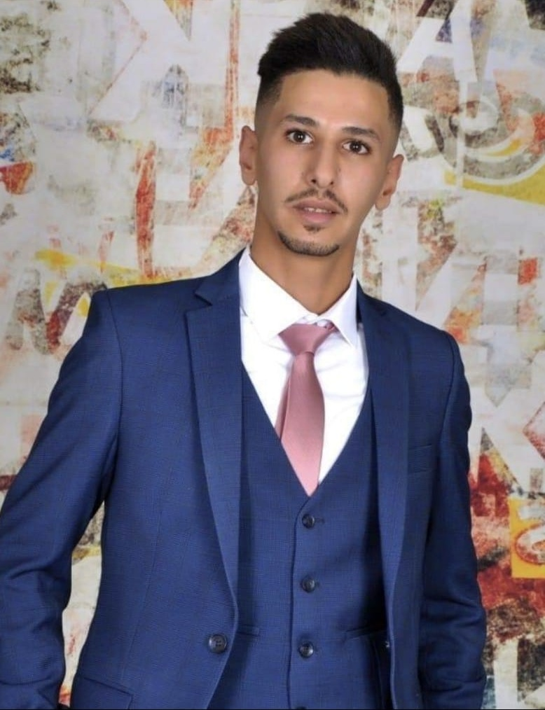 الدكتور عبدالله العكايلة يهنئ ابن شقيقته عثمان الربيحات بمولوده الأول