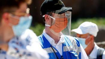 هل يسبب ارتداء الكمامات تسمم ثاني أكسيد الكربون؟