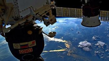 طاقم المحطة الفضائية الدولية يوقف تسرب الهواء مؤقتا