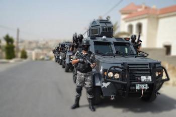 القبض على خطر جداً بمداهمة أمنية في البادية الوسطى