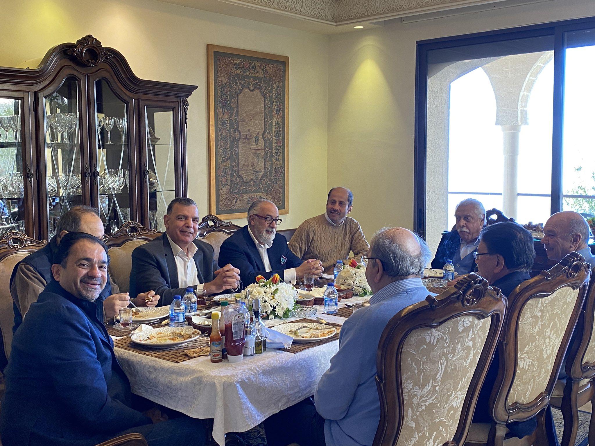 السفير السعودي يستضيف شخصيات أردنية في منزله