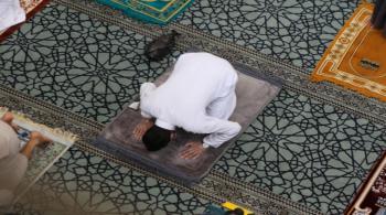 صلاة الجمعة من المساجد سيرا على الأقدام