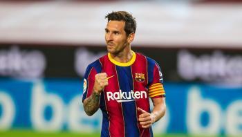تكهنات بتوقيع ميسي عقده الجديد مع برشلونة الأسبوع المقبل