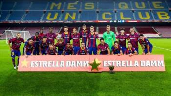 برشلونة يتوج بكأس خوان غامبر