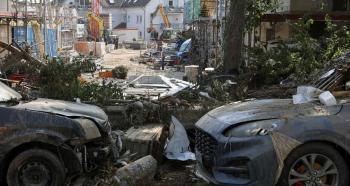 خطر الكوارث يتزايد ومخاوف من السيناريو الأسوأ