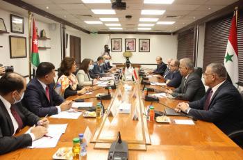 بدء الاجتماعات الوزارية الأردنية السورية في عمان لتعزيز التعاون