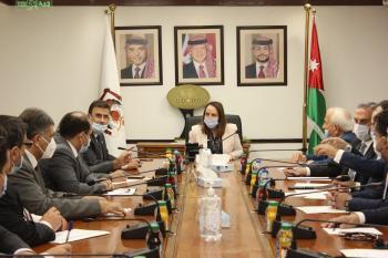 الوزيرة علي تؤكد ضرورة التعاون الاقتصادي مع سوريا