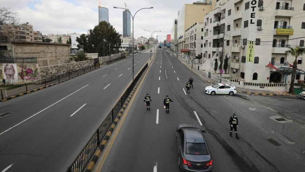ضبط 259 مخالفاً لحظر التجول الشامل في عمان