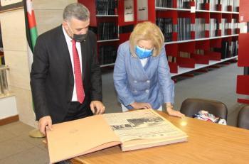 النجار تؤكد دور المكتبة الوطنية في التشجيع على الابداع