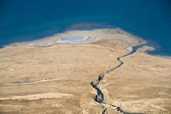 وزير المياه: مشروع ناقل البحرين انتهى ولم يعد لدينا إلا الوطني