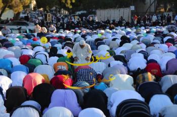 الأردنيون يؤدون صلاة العيد (صور،فيديو)
