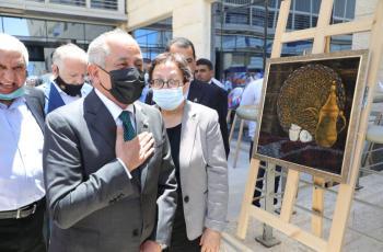 العايد يفتتح معرض مادبا الثالث للفن التشكيلي