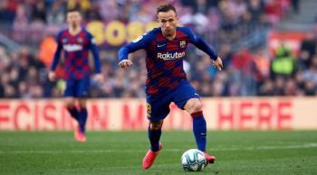 لماذا غير آرثر موقفه من البقاء في برشلونة؟