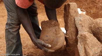 وعاء يكشف أقدم تاريخ لاستخدام العسل في إفريقيا