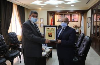 رئيس جامعة الزيتونة يلتقي الدكتور باسم الطويسي