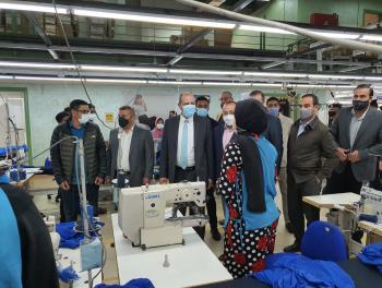 الشمالي يشرف على نقل ملكية فرع إنتاجي للألبسة للحفاظ على 320 فرصة عمل