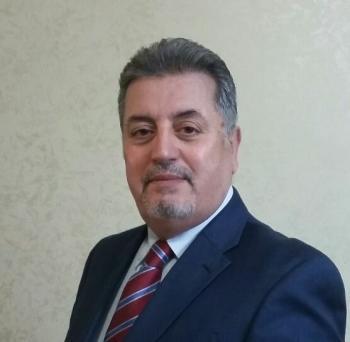 السفير خريس يخوض الانتخابات