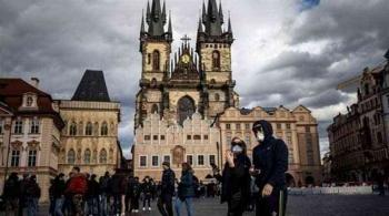 التشيك تسجل 1305 إصابات جديدة بكورونا و15 وفاة
