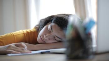 5 علامات تحذيرية لمعاناتك من فرط النوم!