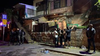 مستوطنون يعتدون على الفلسطينيين بالشيخ جراح