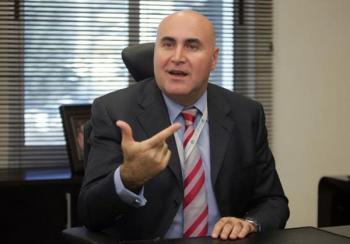شحادة يقدم حلولا مقترحة لتحريك عجلة الاقتصاد الأردني
