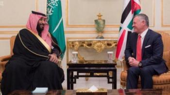الملك يتلقى برقية تهنئة من بن سلمان في مئوية الدولة