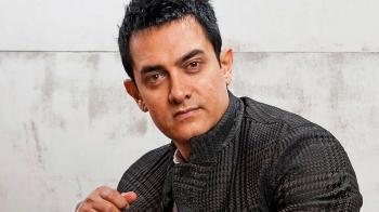 إصابة الممثل الهندي عامر خان بفيروس كورونا