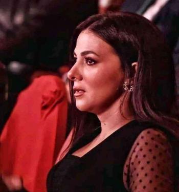 في أول ظهور لها دنيا سمير غانم تبكي لحظة تكريم والديها