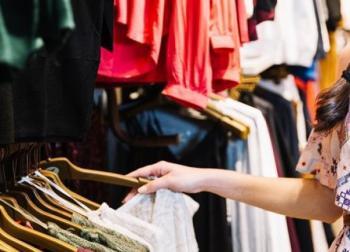 نقابة الألبسة تطالب بتأجيل القروض التجارية