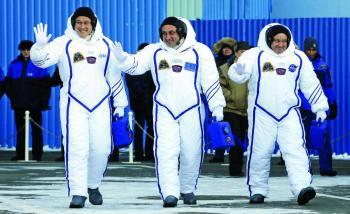 ما مصير جثّة من يموت في الفضاء؟