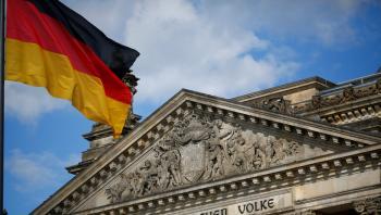 محكمة ألمانية تنتقد تعامل فيسبوك مع خطاب الكراهية