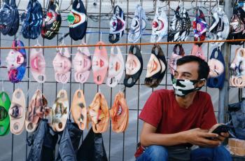 كمامات تساير الموضة في إندونيسيا وماليزيا