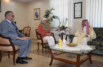 اسحاقات تبحث مع السفير السعودي اوجه التعاون في المجال الاجتماعي