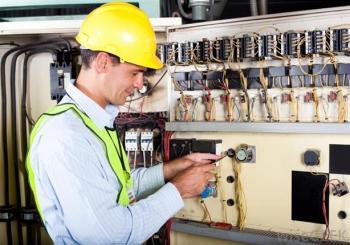 شركة تجارية بحاجة لمهندس كهرباء