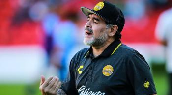 ماذا قال رونالدو وميسي عن رحيل مارادونا؟