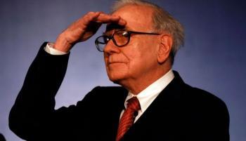 وارن بافيت يدخل عامه الـ91 بثروة ضخمة