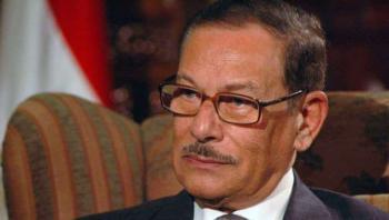 ردًا على منتقدين بوفاة وزير الاعلام المصري : الافتاء حكم الشماتة