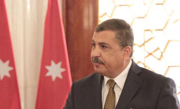 وزير العمل علي الغزاوي
