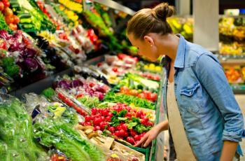 علامات تدل على أنك لا تأكلين ما يكفي من الخضراوات