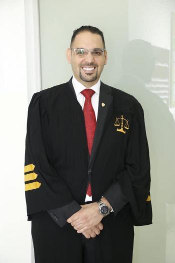المحامي حماد  ..  يؤدي اليمين القانونية