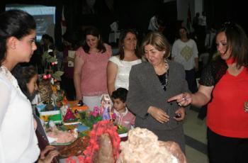 مدرسة الروم الارثوذكس في الفحيص تكرم طلبتها المتفوقين