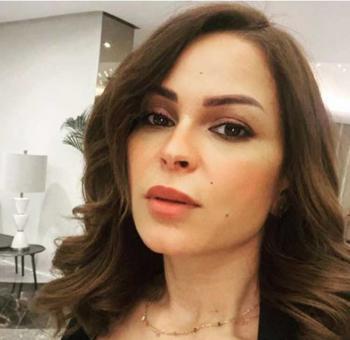 قبيل تنفيذ عقوبة السجن ..  والدة حلا الترك تتهم فنانة مشهورة