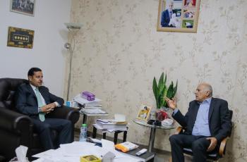 الرجوب يطلع السفير الأردني على آخر المستجدات السياسية