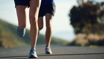 كيف تحافظ على ركبتيك سليمتين دون جراحة؟