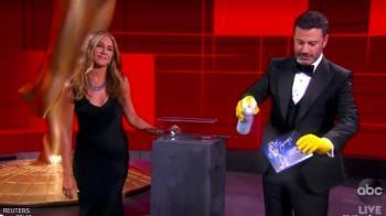 شيتس كريك يهيمن على جوائز إيمي