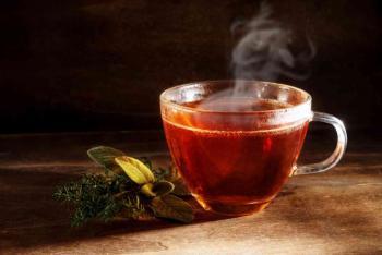 خلافاً لما هو شائع ..  دراسة: الشاي يعالج الأرق
