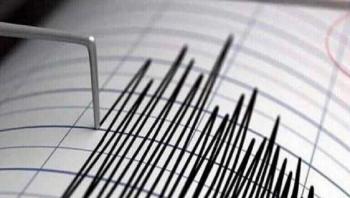زلزال بقوة 5.9 يقع قبالة سولاويسي بإندونيسيا