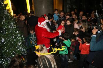 فندق عمان روتانا يضيء شجرة الميلاد