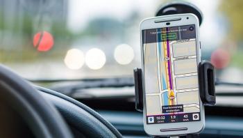 تحذير من استخدام ميزة تتبع الموقع الجغرافي في الهاتف